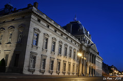 Ecole Militaire (La Pom ) Tags: paris night long exposure exposition nuit ecole militaire longue