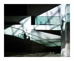 Volupt (hlne chantemerle) Tags: architecture btiments escaliers intrieur louvre matin muses ombres photographie pyramide reflets soleil soussol urbain verre vue musedulouvre paris