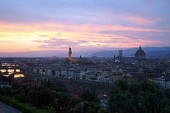 Florence, Italy (Steve Harrison Photographic) Tags: florence italy firenze view skyline sky sunset river riverarno florentine city cityscape piazzademichelangelo piazzalemichelangelo