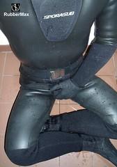 1005 15 (rubbermax) Tags: rubber wetsuit neoprene