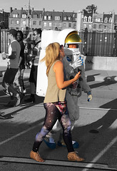 Space Couple (Tyler Merbler) Tags: baltimore maryland usa artscape astronaut outerspace universe nasa earthquarantine ufo darksideofthemoon