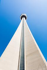 CN Tower (freshwater2006) Tags: canada d7100 nikon toronto ontario canad ca cntower latourcn city ciudad building edificio tower communicationstower torredetelecomunicaciones