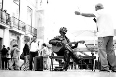 John Lennon Lives! (gheckels) Tags: johnlennon thebeatles streetphotography street streetart urban candid sonya7rii sonyimages blackwhite lisbon carlzeiss music sing joy happy dance