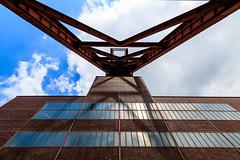 Zeche Zollverein Schacht XII, Essen (dejott1708) Tags: zeche frderturm essen zollverein