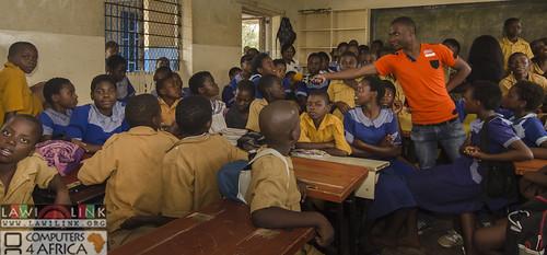 "Chilaweni school Blantye Malawi • <a style=""font-size:0.8em;"" href=""http://www.flickr.com/photos/132148455@N06/18387724789/"" target=""_blank"">View on Flickr</a>"