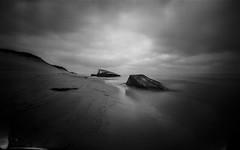 (plansac) Tags: petitnice agfabillyrecord bunker ilfordpanf50 mer noiretblanc pinhole stnop blackwhitephotos filmphotography sea