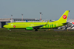 VQ-BRK - Globus S7 Airlines - Boeing 737-800 (5B-DUS) Tags: vqbrk globus s7 airlines boeing 737800 737 b737 b738 dus eddl dusseldorf dsseldorf international airport flughafen flugzeug aircraft airplane aviation plane planespotting spotting