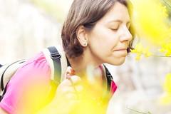 (cristina or) Tags: amarillo yelow camino way theway caminodesantiago stjamessway olor sentidos conloscincoosentidos mujer woman retrato portrait flor flower aroma