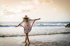 Atardecer en la playa (DanielOtero31) Tags: landscape paisaje atardecer sunset playa beach felicidad happiness verano summer hora dorada golden hour