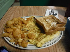 Tresca's Eating Place (allanwenchung) Tags: watertown diner restaurant