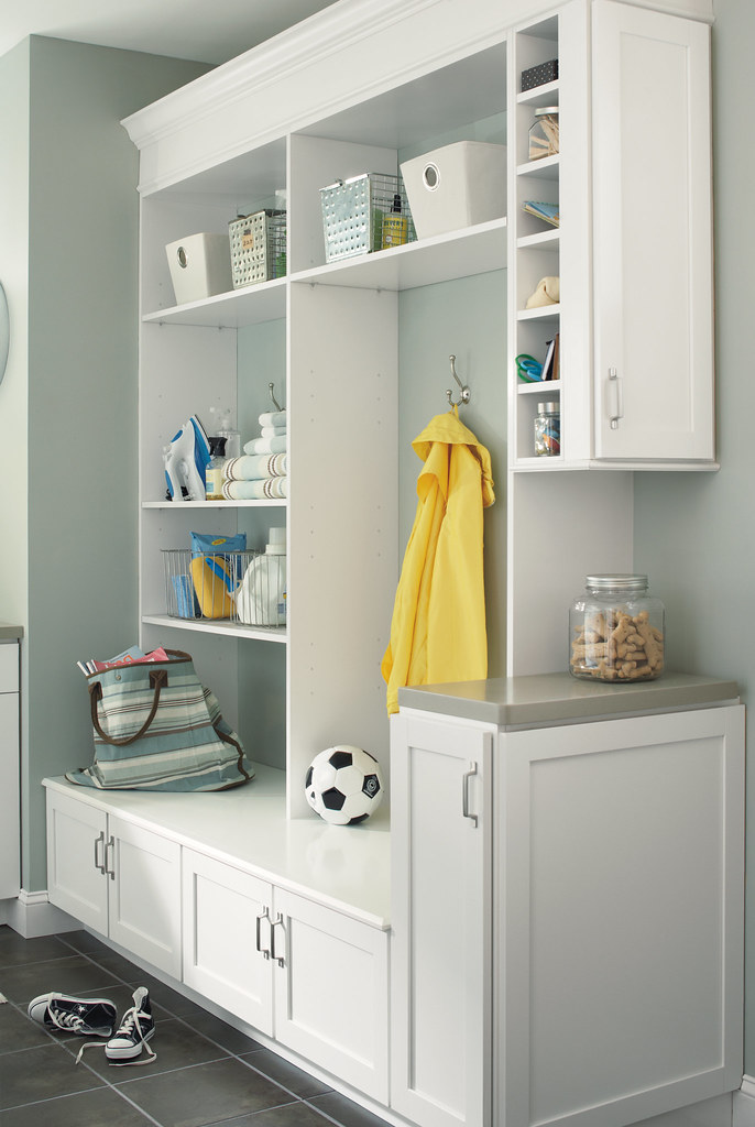 Built In Entry Cabinets. U2039 U203a