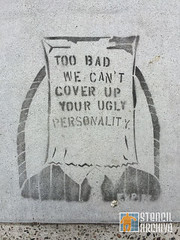 SF_FinancialDistrict_CoverUp (StencilArchive.org) Tags: sanfrancisco financialdistrict bagonhead uglypersonality