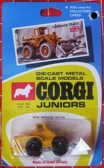 Loadmaster Shovel (streamer020nl) Tags: auto greatbritain car metal toys corgi models card junior gb 23 1970 juniors shovel collector diecast jouets speelgoed loadmaster mettoy whizzwheels