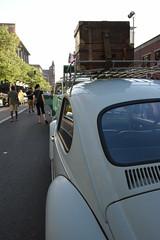 VW roof rack and luggage (hansntareen) Tags: spokane show vw volkswagen beetle roofrack luggage incccspokanejuly2016