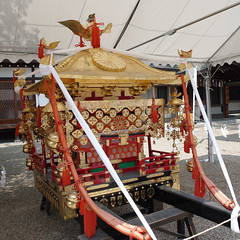 mikoshi Sumiyoshi-taisha, Osaka (jtabn99) Tags: sumiyoshitaisha shrine osaka japan nippon nihon sumiyoshimatsuri festival 20160801     mikoshi