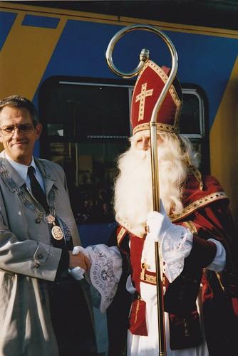 199711 Intocht Sint en Piet met trein kl