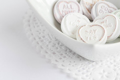 263/366: Love is in the air (judi may) Tags: 366the2016edition 3662016 day263366 19sep16 macromonday macromondays macro lovehearts sweets candies sweeties sweet sweetspotsquared doily white whitebackground highkey