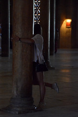 CORDOBA 2015 0742 copia (Cazador de imgenes) Tags: street espaa woman girl female grande photo donna mujer spain nikon foto chica cathedral candid streetphotography catedral 15 mosque andalucia cathdrale cordoba mezquita streetphoto mayo andalusia crdoba andalusien cordova spagna spanje andalousie ragazza spania moschea mosque 2015 spange cordoue mezquitacatedral photostreet crdova    d7000 mosquecathdrale  mosquecathedral mayo2015