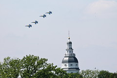 City Landmark (Piedmont Fossil) Tags: plane airplane us fighter navy jet maryland annapolis blueangels statehouse fa18hornet