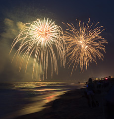 4th of July, Flagler Beach (William Miller 21) Tags: ocean holiday seascape beach canon nightscape florida fireworks 4th 1750 flagler t3i tamron1750