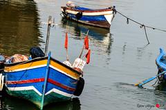 la via di Sal (io.robin) Tags: sal marocco maroc maghreb fiume barca barche colori moroco riflessi riflessione reflex reflection bandiere