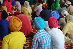Sikh colors (robmanf55) Tags: india colors indians turban sikh gurudwara sikhism gurudwarabanglasahib