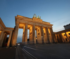 Brandenburg Gate, Berlin (PeskyMesky) Tags: brandenburggate berlin longexposure le pov pointofview outdoor