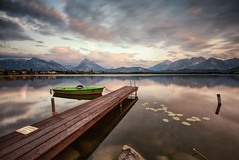another silent minute - lake hopfensee (Robert_Freytag) Tags: hopfensee lee nikon d810 long exposure nd gnd clouds reflection alps alpen