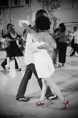 Elegance en Rouge ... ( P-A) Tags: danse tango amateur admirateur extrieure beau belle magnifique grandiose lgante prcision adorable femme homme martigues provence photos simpa atravsdetumirada