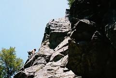 0008509_0008509-R1-038-17A (dannonseo) Tags: carlzeiss contaxs2 kodakportra400 rockclimbing nature tessar 45mmf28