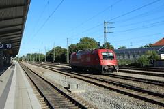 OBB 1216 door Munchen Passing (vos.nathan) Tags: munchen passing taurus obb 1216 013 sterreichische bundesbahnen
