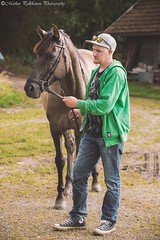 Hold your horse (Color) (Markus Pylkknen Photography) Tags: horse finland suomi outdoors summer 2016 animal lammi colors green face eyes fingers hands leg