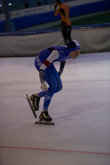 A37W7244 (rieshug 1) Tags: speedskating schaatsen eisschnelllauf skating nkjunioren knsb nkjuniorenallroundafstanden afstanden allround 50010001500massstart demeent alkmaar sportcomplexdemeent juniorenc ladies dames 500m