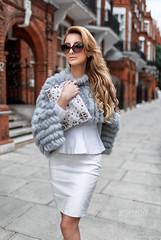 London style (socreative) Tags: green bag luxury lifestyle fashion fashionista model beauty sexy outfit clothing designer knightsbridge london uk england stylish