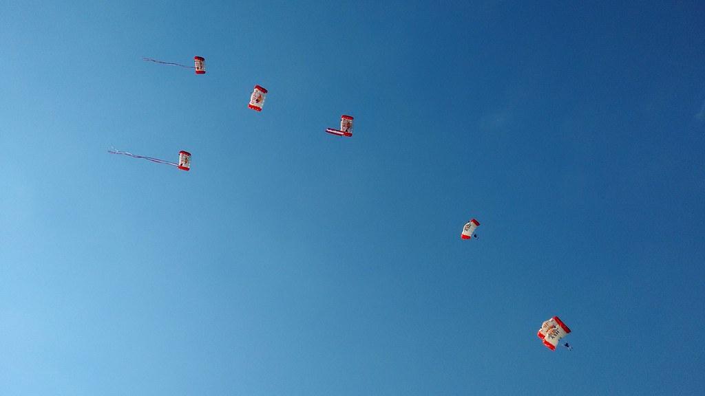 The Worlds Best Photos Of Fallschirmspringen Flickr Hive Mind