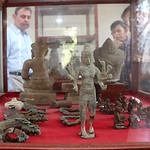 Ambassador Heidt visits the Museum of Battambang on May 4, 2016. thumbnail