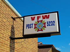VFW Post 5232, Armstrong, IA (Robby Virus) Tags: sign pose iowa signage wars foreign armstrong veterans vfw 5232