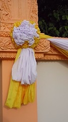 Ubon Ratchathani - Thailand (jcbkk1956) Tags: flower wall thailand temple ribbons buddhist decoration samsung buddhism garland ubonratchathani worldtrekker