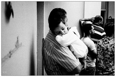 The Dad moment (Christos Theofilogiannakos) Tags: agfaoptimasensor1035 kodaktrix hc110b 35mm film bw zonefocus