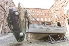 un'ardita metafora che tuttavia mi sfugge (Zioluc) Tags: fish art car torino boat fishing taken fishnet courtyard palazzo turin carignano luciobeltrami