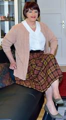 Birgit022583 (Birgit Bach) Tags: pleatedskirt faltenrock blouse bluse cardigan strickjacke