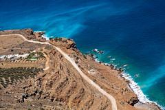 Le chemin (Lucille-bs) Tags: europe crte creta kriti cte chemin mer plonge turquoise eau paysage platanos