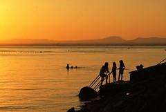(Roco M.S.) Tags: sunset atardecer contraluz backlight sea beach mar playa lamanga marmenor