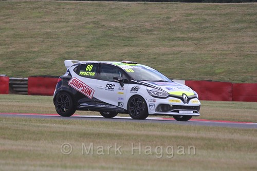 Senna Proctor in the Clio Cup during the BTCC 2016 Weekend at Snetterton