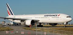 Air France 777-300ER pulling onto 06L at Toronto Pearson. (alzak5) Tags: airfrance boeing torontopearson boeing777 boeing773 boeing777300 b777 b773 b773200 777 773 777300 cyyz yyz toronto person pearsonpov pearsonairport avgeek avnerd aviationgeek aviationnerd instagramaviation instaplane megaplane megashot