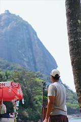 2016-09-18 02.32.03 1 (dianaguimaraes99) Tags: trail peaks ridge landscape nature 50mm canon riodejaneiro brasil urca woods