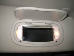 2014-2018 Jeep Cherokee Vanity Mirror Lights In Sun Visor - Changing Burnt Out Light Bulbs (paul79uf) Tags: 2014 2015 2016 2017 2018 jeep cherokee sun visor vanity mirror light bulbs change changing replace replacing replacement guide howto diy tutorial instructions steps como hacer remove lens cover removal directions service lamp 1st first generation