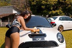 MINI Cooper Coup S (Jeferson Felix D.) Tags: girls brazil woman sexy girl car rio brasil riodejaneiro canon de eos janeiro mulher pussy mini carwash wash cooper minicooper garota coupe garotas 18135mm 60d canoneos60d minicoopercoupe