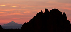Last light over Mt. Jefferson (Chester Cheetah) Tags: rock smith mount jefferson