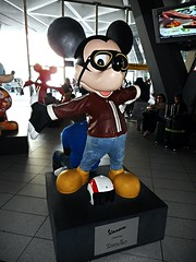Mickey Mouse at Central Railway Station of Naples (* Karl *) Tags: mickeymouse centralrailwaystation naples italy